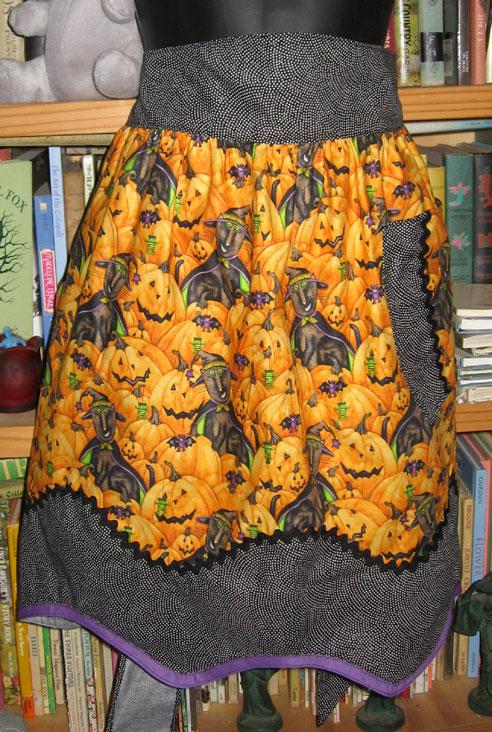 Halloween-apron-1