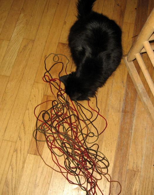 Widget-with-yarn