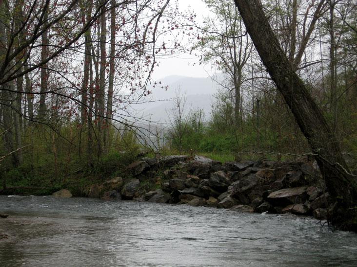 Rainy-river2