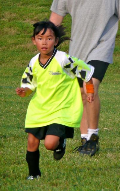 Emma soccer09-4