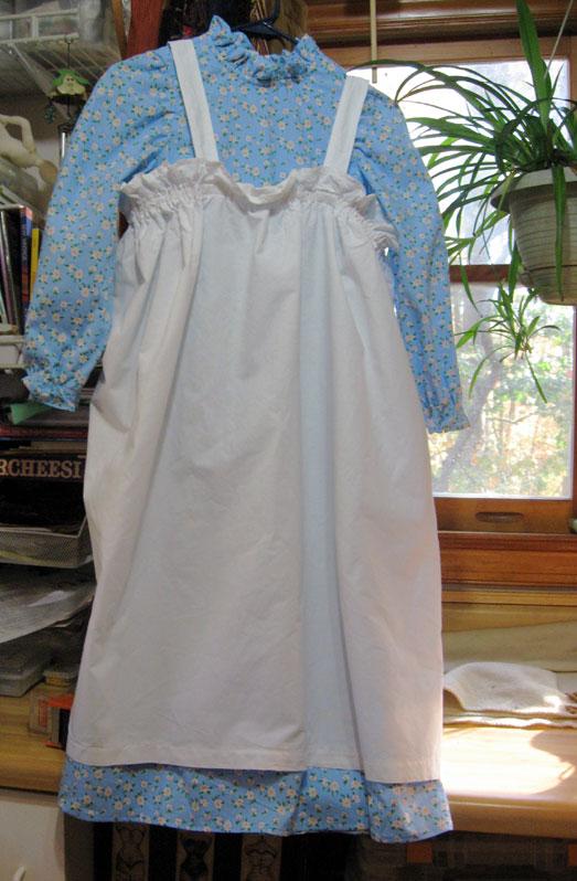 Elizas-raggedy-ann-costume